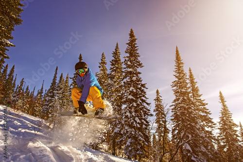 Cuadros en Lienzo El salto del Snowboarder