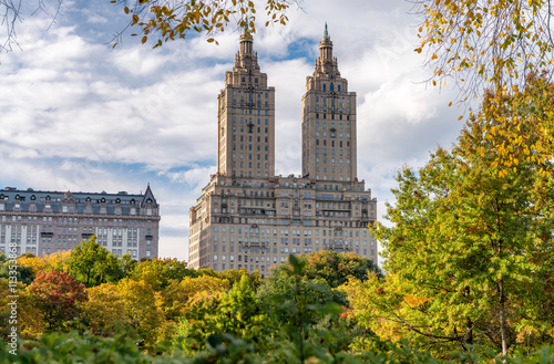 Fotografiet Beautiful foliage colors of New York Central Park