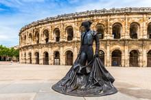 Arènes De Nîmes Dans Le Gard En Languedoc, Occitanie, France