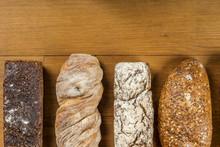 Chleby Z Pełnego Ziarna Obsyp...