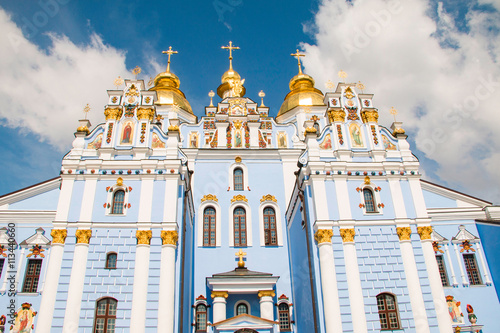 Foto op Plexiglas Kiev St. Michael's Golden-Domed Monastery in Kiev, Ukraine, facade detail. Built in Middle Ages, demolished in 1934–1936 by Soviet government and rebuilt in 1999