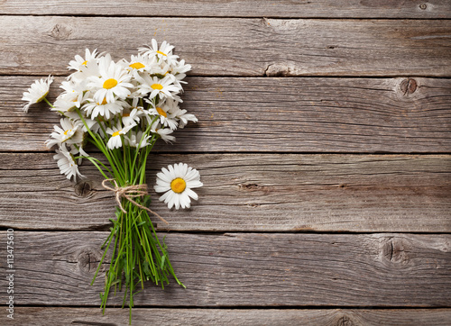 Fotobehang Madeliefjes Daisy chamomile flowers bouquet
