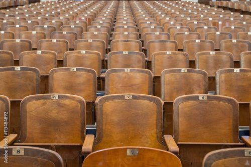 Fotografija  Antique Woodend Auditorium Seats Straight on