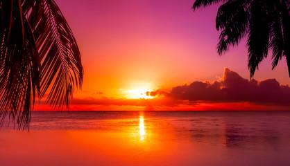 Fototapeta na wymiar Tahiti Sunset