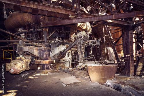 Spoed Fotobehang Oude verlaten gebouwen Old blast furnace workshop
