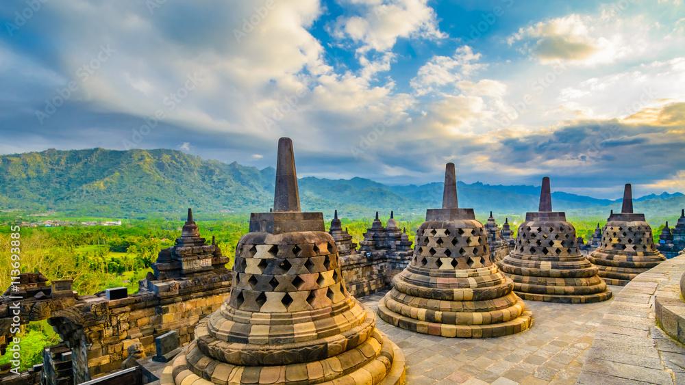 Fototapety, obrazy: Borobudor Buddhist temple.
