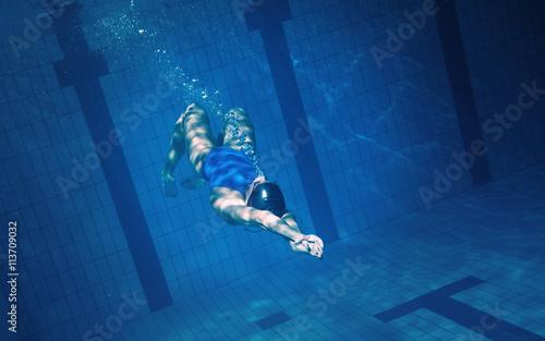 Fényképezés Swimmer woman underwater