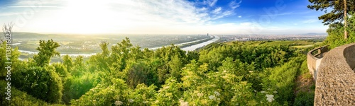 Keuken foto achterwand Wenen Skyline of capital city Vienna and Danube Island with the Donau City , Austria