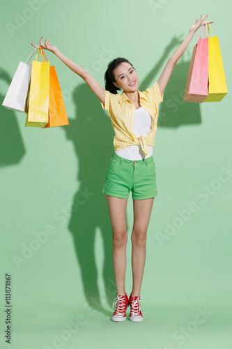 Cadres-photo bureau Avion, ballon Young women shopping