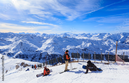 Fotomural View of snow covered Courchevel slope in French Alps. Ski Resort