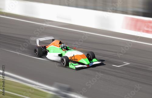 Zdjęcie XXL Samochód wyścigowy Formuła 2.0