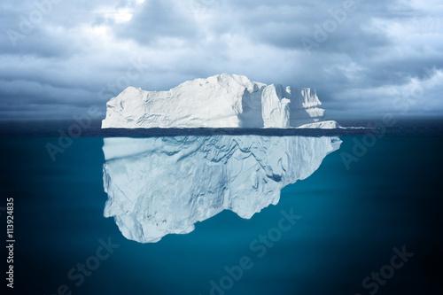 Fotografía  Iceberg Mostly Underwater Floating in Ocean