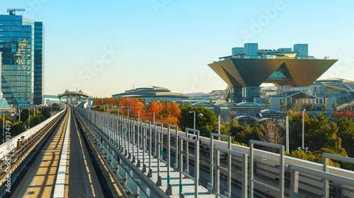 Foto auf Gartenposter Tokio Cityscape from Yurikamome monorial in Odaiba, Tokyo