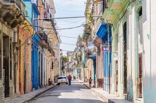 Poster Havana Street life in la Habana Vieja, Cuba
