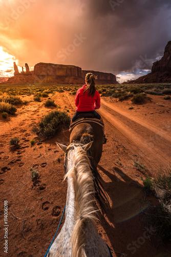 Photo  Monument Valley Horseback Riding