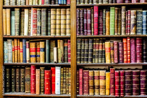 Photographie  Librería llena de colores
