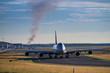 Flugzeug auf Taxiway