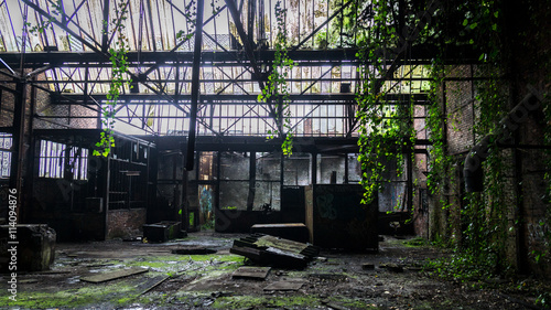 Photo Stands Old abandoned buildings Lost Place Château de Noisy