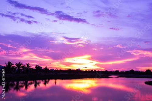 Foto op Canvas Candy roze Beautiful sunrise. Purple filter