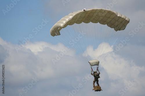 Fotografie, Obraz  parachutiste militaire