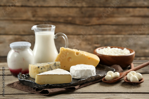 Printed kitchen splashbacks Dairy products Dairy products on wooden table