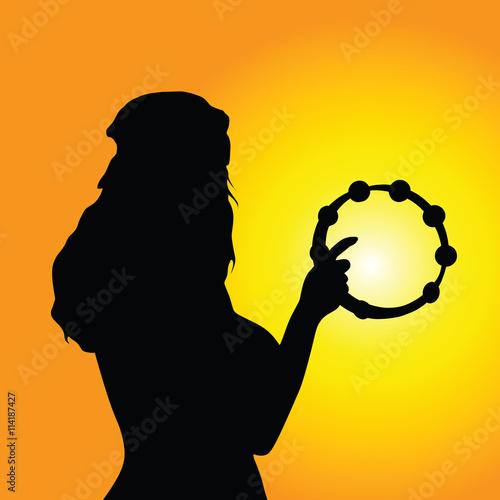 Fotografia girl tambourine silhouette illustration