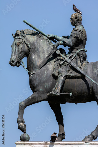 Fotografie, Obraz  Equestrian statue of the Venetian general Gattamelata (Erasmo da Narni) in Padua, Italy
