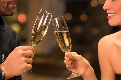 Fotografie, Obraz  Pár pít šampaňské