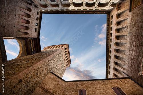 Foto  castello di Vignola - interno