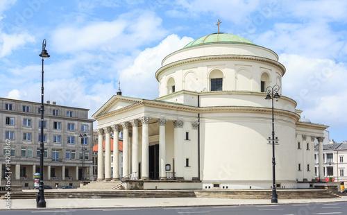 Warszawa, Kościół Świętego Aleksandra na Placu Trzech Krzyży, wybudowany w stylu klasycyzmu w roku 1826 - fototapety na wymiar