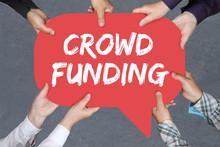 Gruppe Menschen Halten Crowd Funding Crowdfunding Online Geld Sa