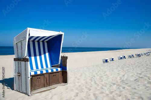 In de dag Noordzee Traumstrand mit Strandkorb