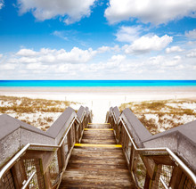 Destin Beach In Florida Ar Hen...