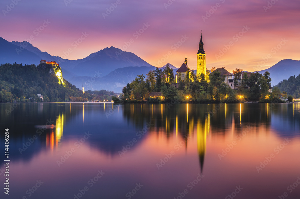 Fototapety, obrazy: beautiful, multicolored sunrise over an alpine lake Bled in Slovenia
