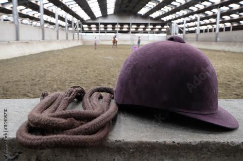 Foto op Plexiglas Paardrijden Bombe d'équitation