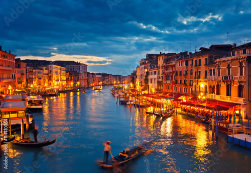 Poster Venise View on Grand Canal from Rialto bridge at dusk, Venice, Italy