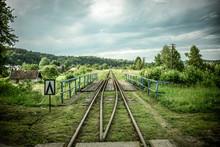 Tory Kolejowe W Linii Prostej
