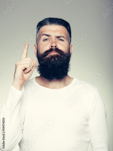 fototapeta na szkło Bearded man with gesture