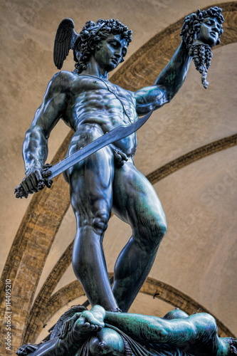 Valokuva  Perseus mit dem Haupt der Medusa
