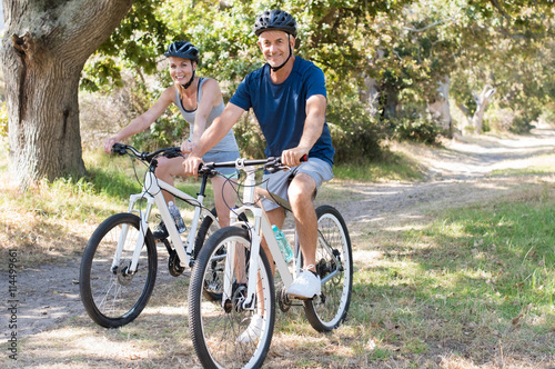 Fotografie, Tablou  Couple cycling