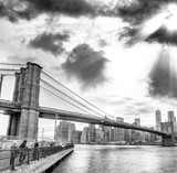 Brooklyn Bridge twilight view, New York City