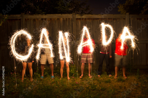 Montage in der Fensternische Kanada Canada sparklers in time lapse photography