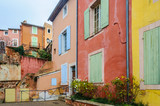 Fototapeta Londyn - Colorful houses in Roussillon, Provence, France