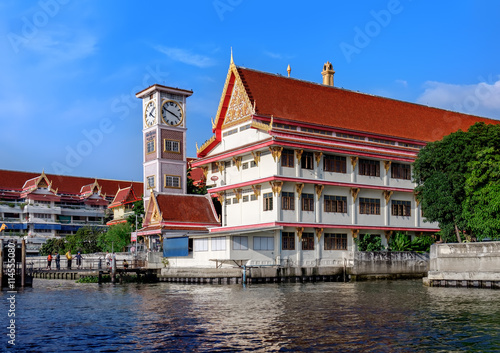 Staande foto Singapore Wat Soi Thong in Bangkok, Thailand. The temple is on the banks of the Chao Phraya River in Bang Sue district in northern Bangkok along the regular route of the Chao Phraya river boats.