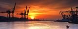 Fototapeta Fototapety do łazienki - Port Gdynia o poranku.