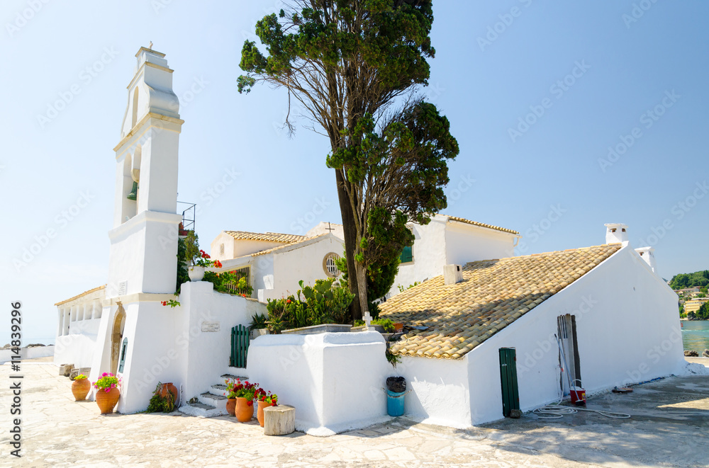 Fototapety, obrazy: orthodox church on Pontikonisi island in Corfu, Greece