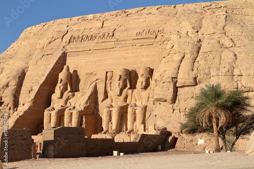 In de dag Egypte Die Tempel von Abu Simbel in Ägypten