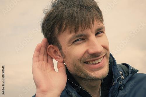 Foto  Sein Ohr zuhören