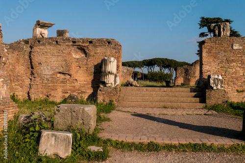 Fotografia, Obraz  Eingang zum Domus Flavia - Palatin in Rom - einer der sieben Hügel Roms