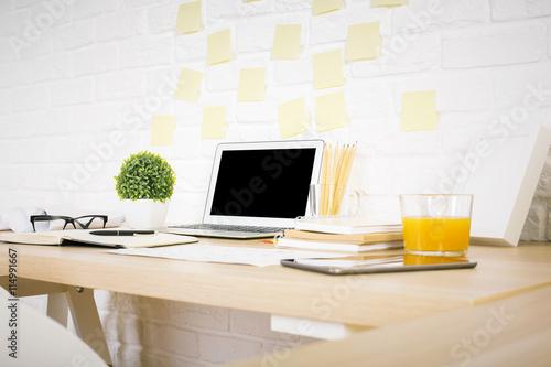 Zdjęcie XXL Widok boczny pulpitu projektanta kreatywnego